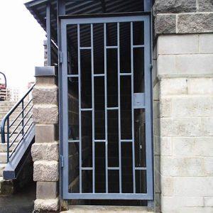 reshetchatye dveri display